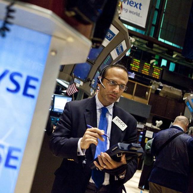 Lên sát 11.100 điểm, Dow Jones lập đỉnh cao mới