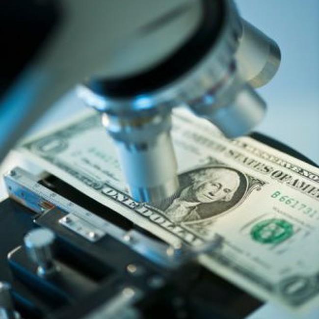 Tăng trưởng kinh tế phải dựa vào khu vực tài chính!