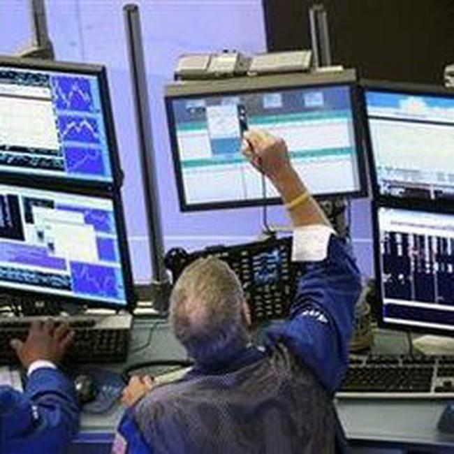 Dow Jones tăng mạnh lên 11.150 điểm