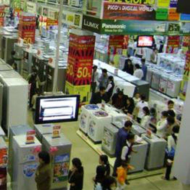 Phá giá liên tục: 'cuộc chiến' trên thị trường điện máy