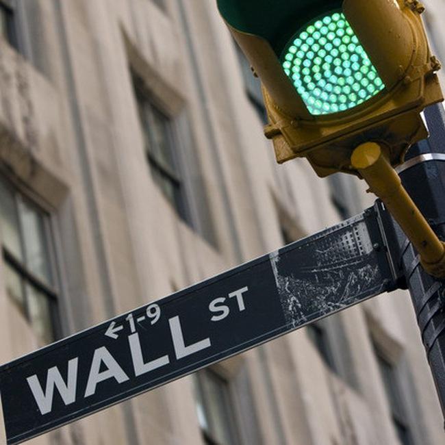 Chính phủ Mỹ lãi 25 tỷ USD từ việc bơm tiền vào ngân hàng và công ty bảo hiểm