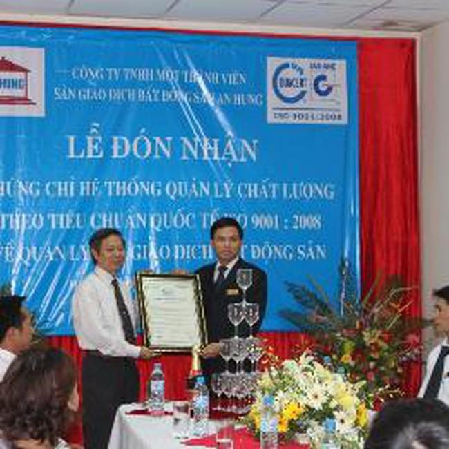 Sàn giao dịch BĐS An Hưng nhận chứng chỉ quản lý chất lượng ISO 9001:2008