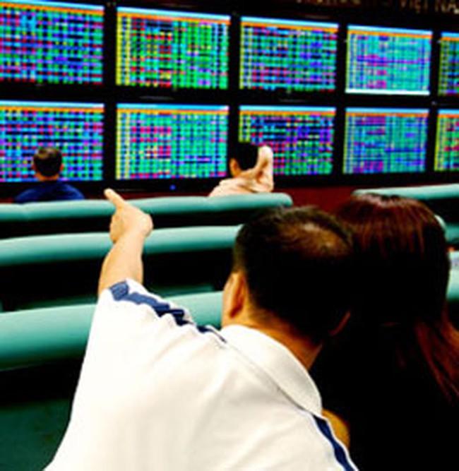 10h30: Vn-Index tăng 2,55 điểm lên 447,76 điểm