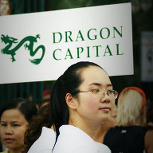 Rủi ro quanh việc chuyển đổi hình thức quỹ con của Dragon Capital