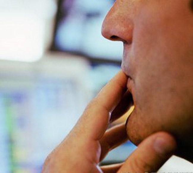 Vn-Index thoát hiểm phút cuối, giá trị giao dịch 2 sàn xuống dưới 900 tỷ đồng