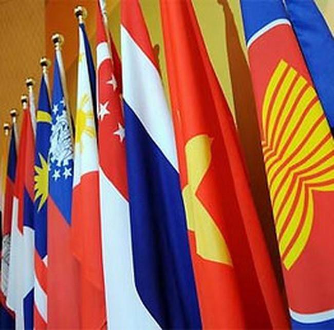 'Kinh tế tư nhân và dịch vụ là tương lai của ASEAN'