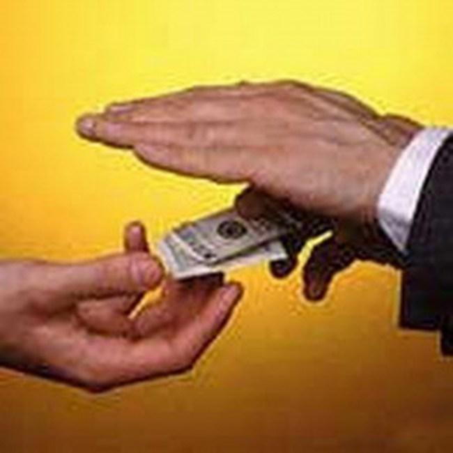 """Chào mời hợp tác """"tay ba"""" cho bán khống cổ phiếu với phí 36%/năm"""