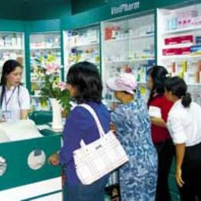 2.000 nhà thuốc tại TP.HCM lo bị đóng cửa