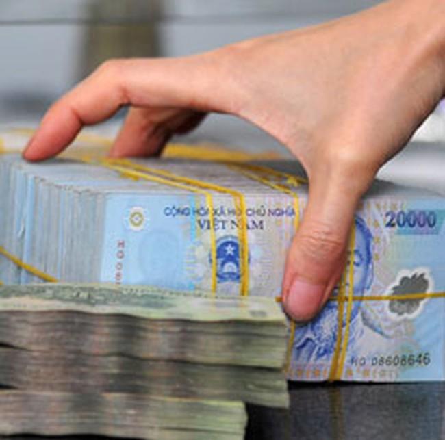 Nhiều ngân hàng bắt đầu tăng lãi suất huy động