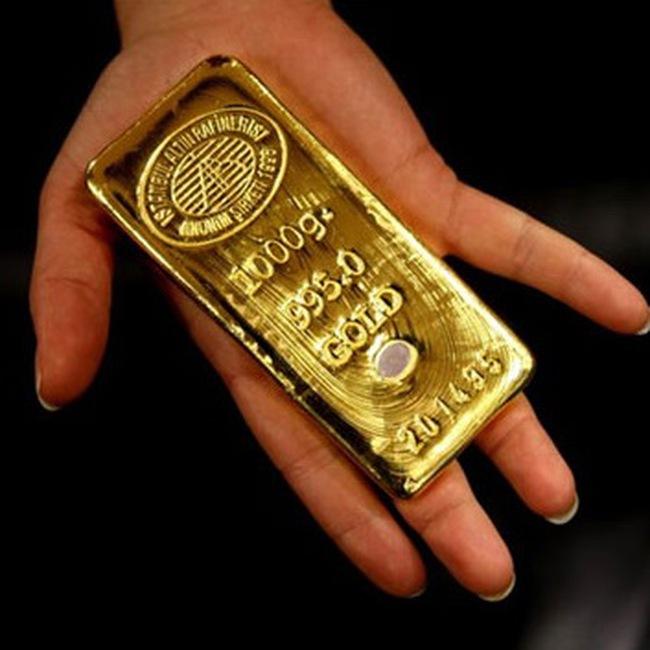 Giá vàng lên kỷ lục 35,85 triệu đồng/lượng; đôla Mỹ lên 20.950 đồng Việt Nam