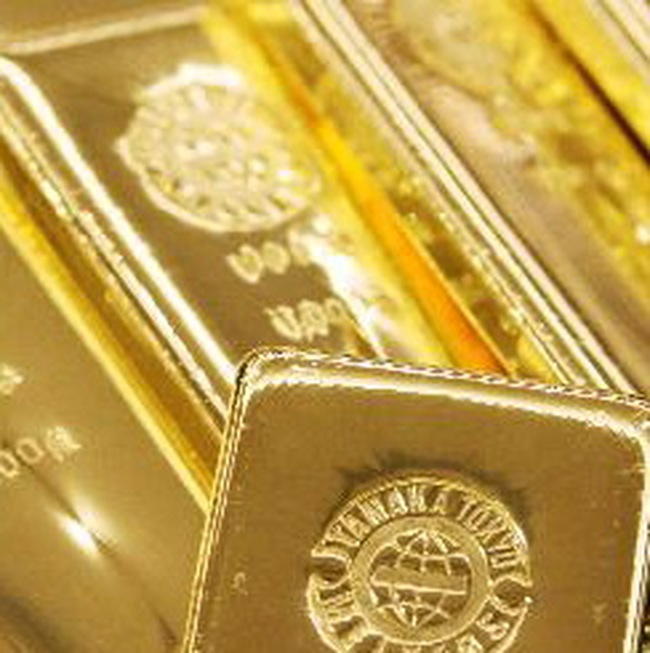 Vàng và ngoại tệ đang hút tiền từ chứng khoán?