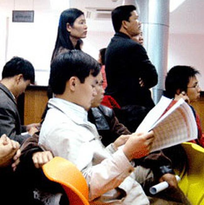 HSBC cho rằng đã đến lúc xem xét cổ phiếu trên TTCK Việt Nam