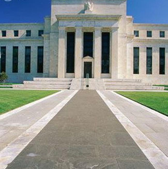 FED châm ngòi cho cuộc chiến kinh tế mới trên toàn cầu?