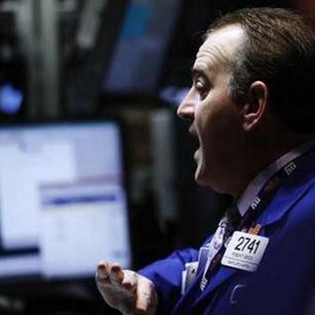 Dow Jones hạ sâu nhất trong 3 tháng