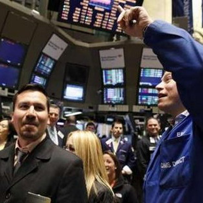 Dow Jones tăng vọt hơn 170 điểm