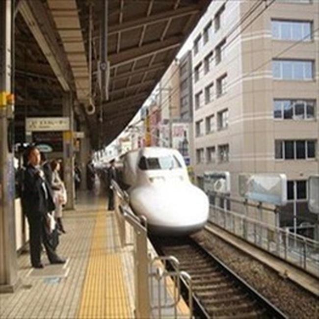 Tiếp tục lập dự án một số đoạn đường sắt cao tốc
