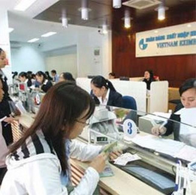 Từ 23/11, Eximbank giảm 1% lãi suất cho vay đối với mọi khách hàng doanh nghiệp