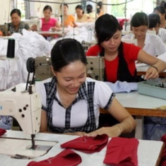Ngành dệt may, da giày: Lạc quan trong nỗi lo thiếu lao động