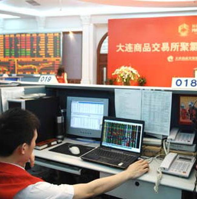 Các sàn giao dịch hàng hóa Trung Quốc tăng phí để chặn đầu cơ hàng hóa