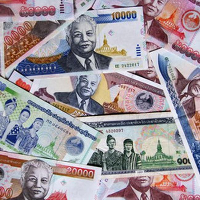 Lào: Hai công ty đầu tiên niêm yết với giá trên 12,000 đồng/cp