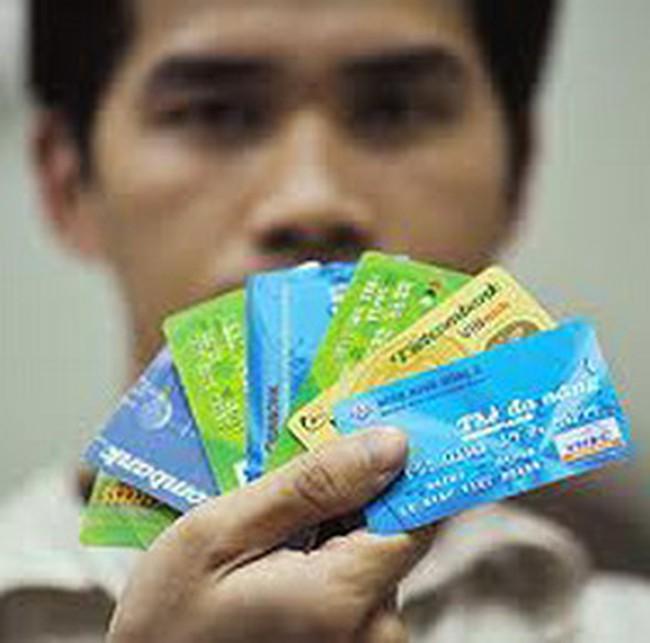 Thị trường thẻ chuẩn bị cuộc đua 2011