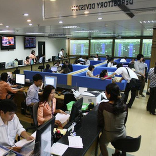 SME tham gia giao dịch trực tuyến tại sàn Upcom
