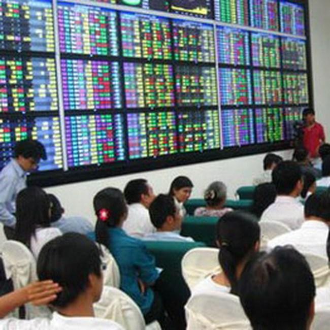 Cổ phiếu chứng khoán, BĐS có dư mua trần hàng triệu cổ phiếu