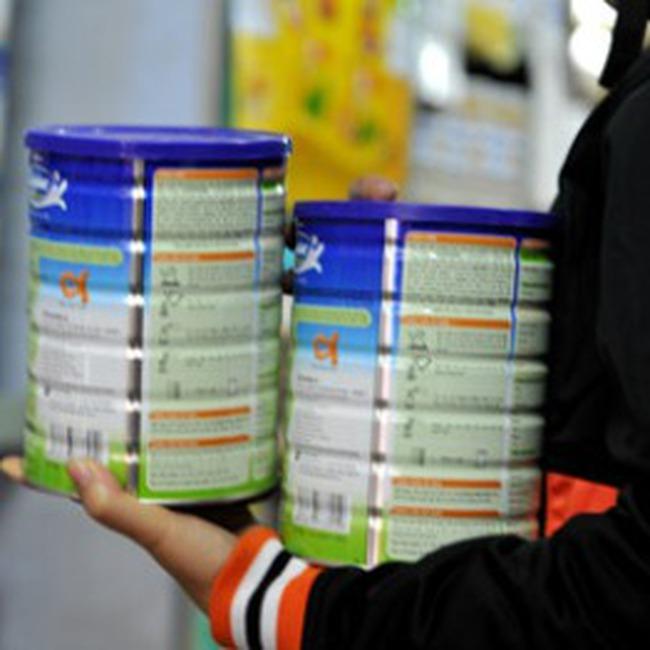 Nhà nhập khẩu sữa bột cam kết chưa tăng giá