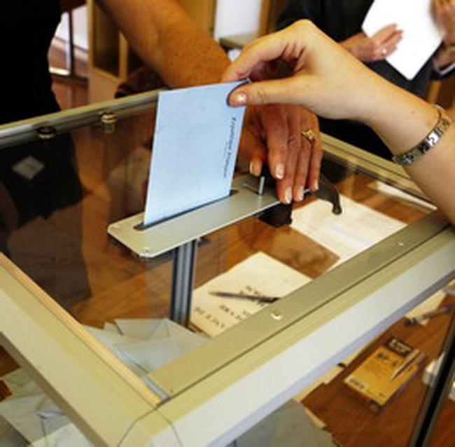 VSD bỏ phiếu thay cổ đông: Có trái Luật Doanh nghiệp?