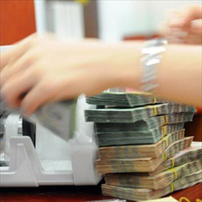 IMF: Việt Nam cần thắt chặt chính sách tiền tệ