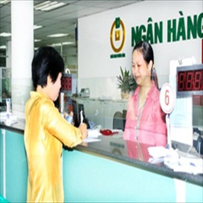 OCB: Từ 09/12 gửi tiết kiệm được tặng quà tiền mặt 3,3%/năm