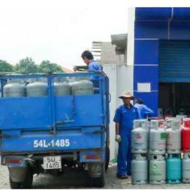Giá gas tiếp tục đồng loạt giảm 5.000 đồng/bình