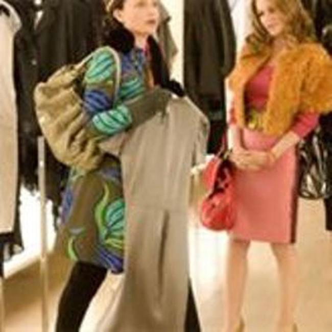 Tín đồ mua sắm chùn tay trước bão giá