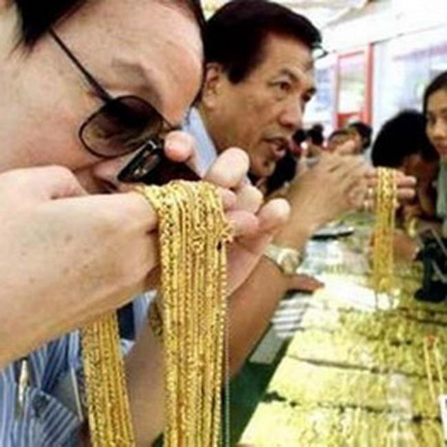 Hồng Kông sắp giao dịch vàng quốc tế bằng đồng Nhân dân tệ