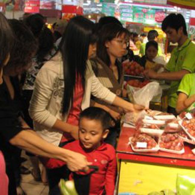 TNS: Chỉ số lạc quan của người tiêu dùng Việt Nam tăng