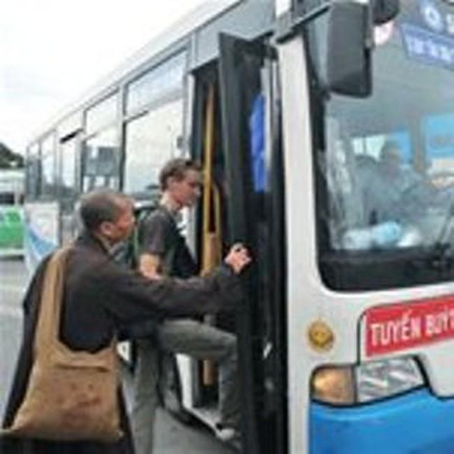 TPHCM tăng giá vé xe buýt từ 1-1-2011