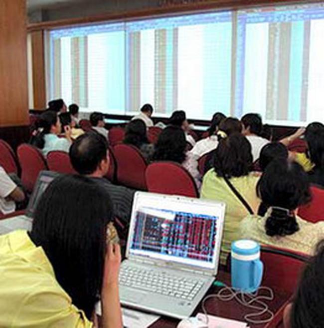 Vn-Index tăng lên 493 điểm nhờ bluechips và cổ phiếu ngân hàng