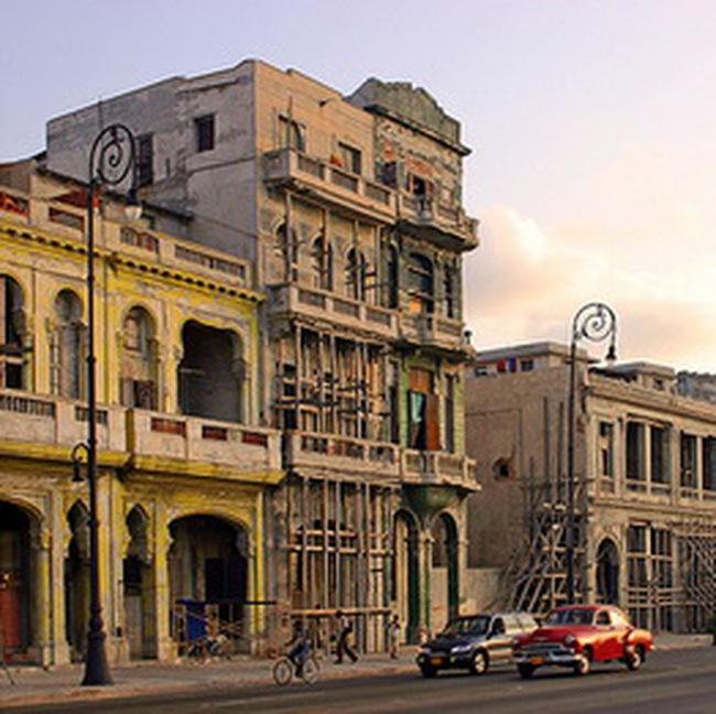 Kinh tế Cuba đạt tăng trưởng 2,1% trong năm 2010