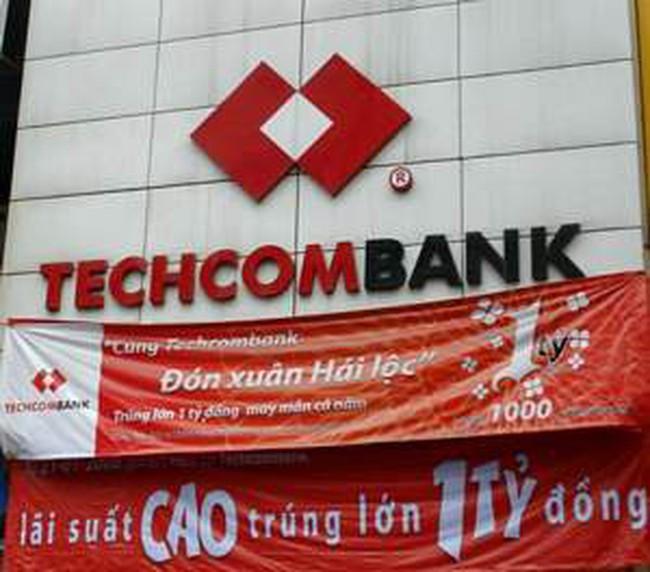 Techcombank: 11 tháng đạt 2.000 tỷ đồng LNTT