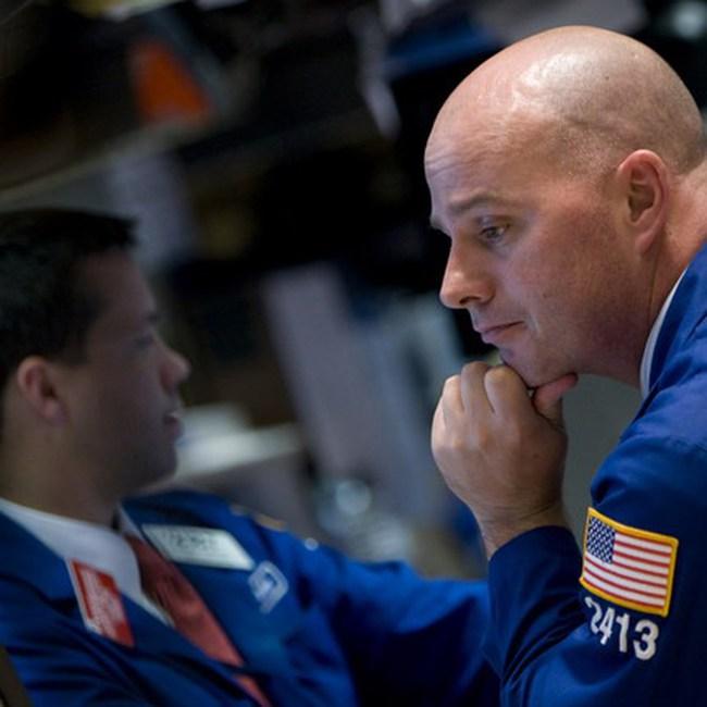 Dow Jones lập mức đỉnh mới trong 2 năm
