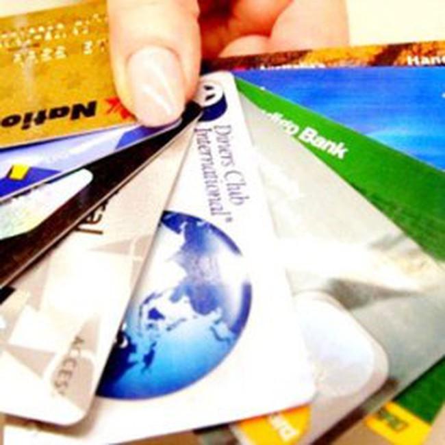 Đau đầu vì thẻ tín dụng