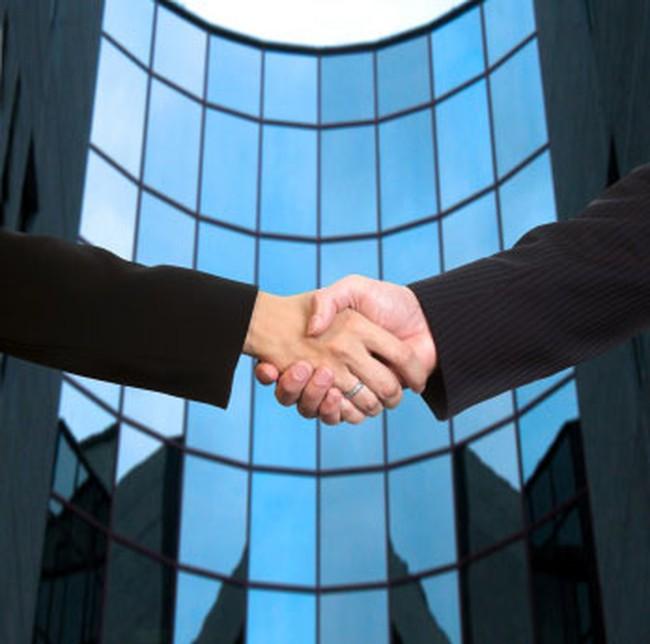 """Xu hướng đại gia bất động sản và tài chính """"bắt tay"""" nhau"""