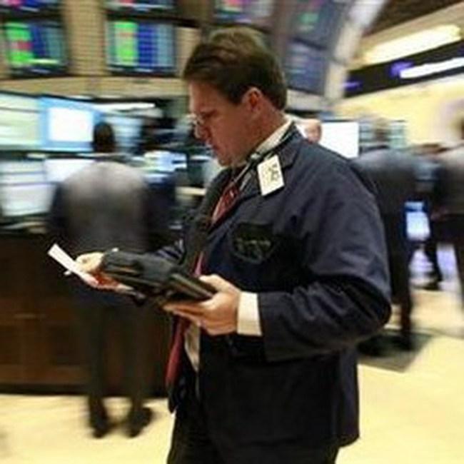 Dow Jones lên điểm bất chấp tin xấu