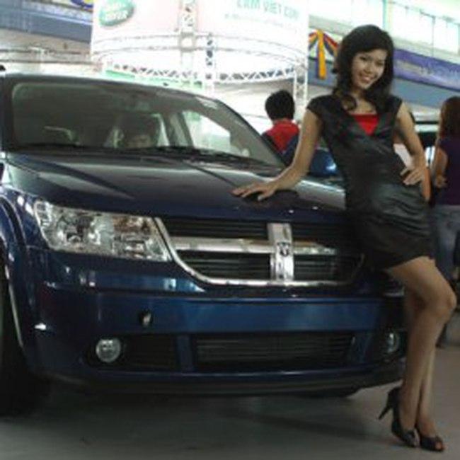 Nhập khẩu ôtô, xe máy 2010: Giảm mạnh cả lượng và giá trị
