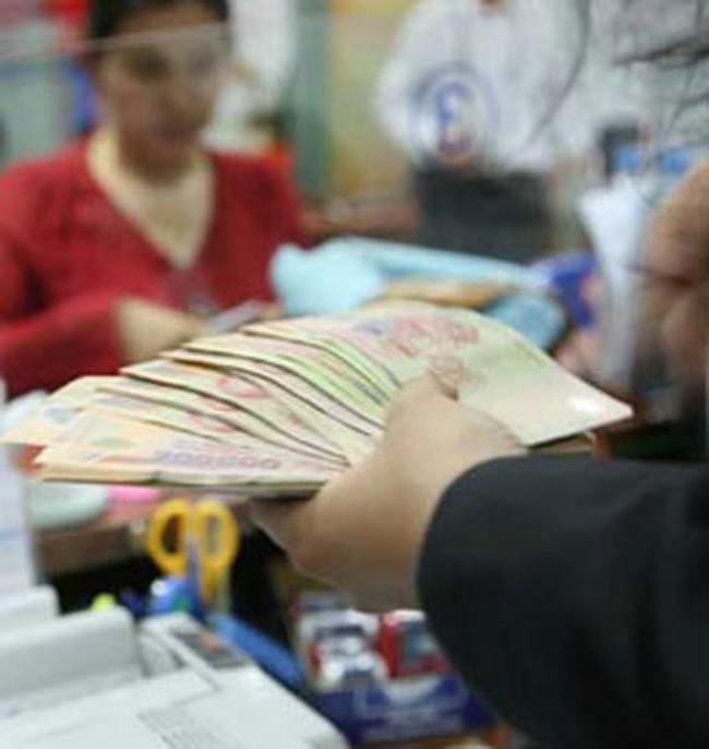 Áp dụng lãi suất không kỳ hạn thấp nhất đối với khoản tiền gửi rút trước hạn