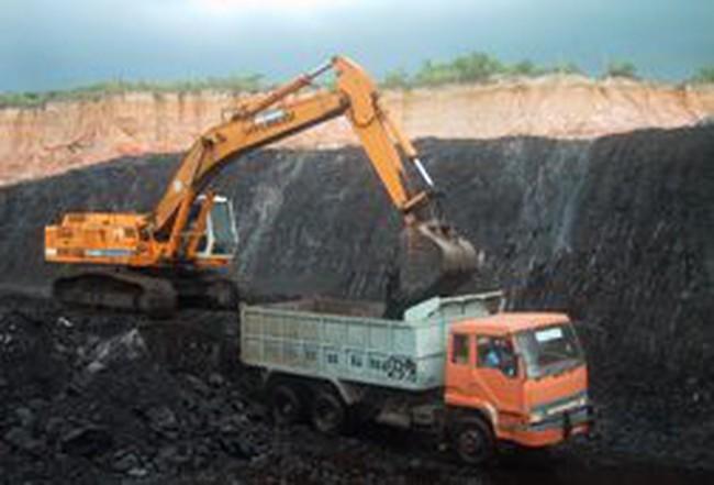 Giá than đá tại Trung Quốc giảm liên tục trong 1 tháng