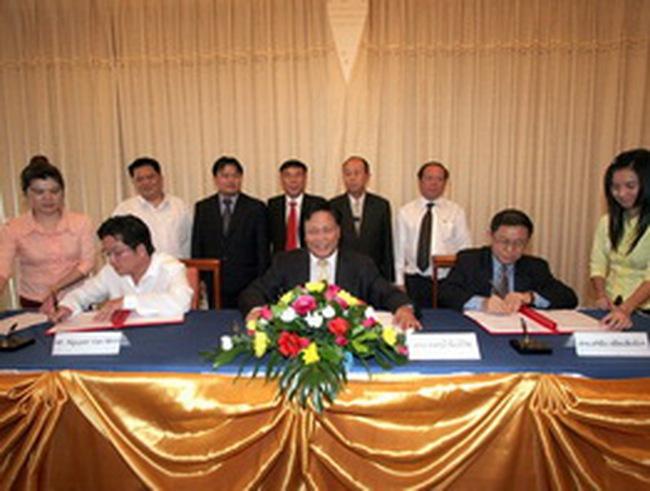 HAGL và Chính phủ Lào ký MOU xây dựng cụm công nghiệp trị giá 150 triệu USD
