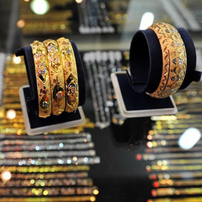 TS Trần Du Lịch: Không thể coi vàng là phương tiện thanh toán