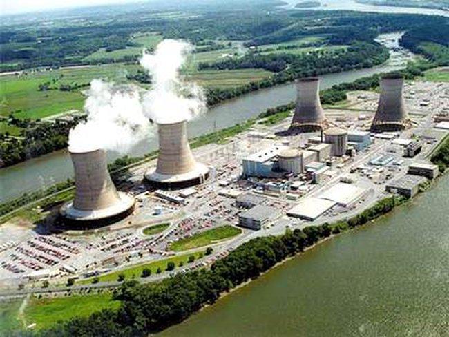 Trung Quốc ngừng cấp phép xây mới nhà máy điện hạt nhân