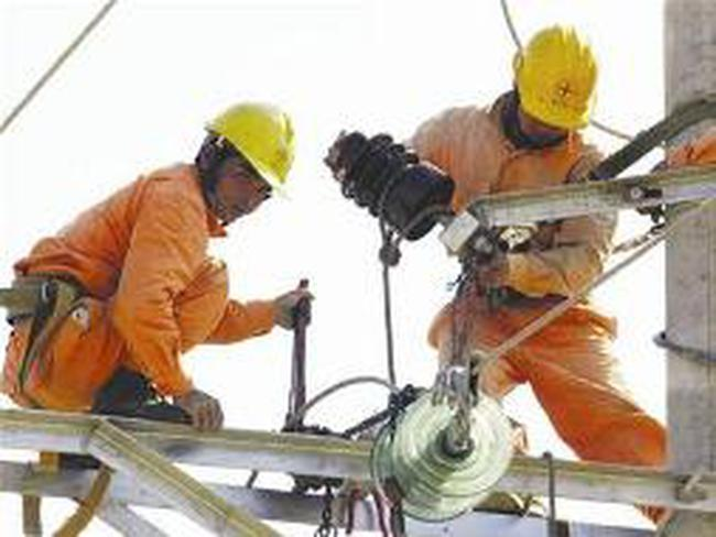 Campuchia nhập khẩu 42% lượng điện trong 2010